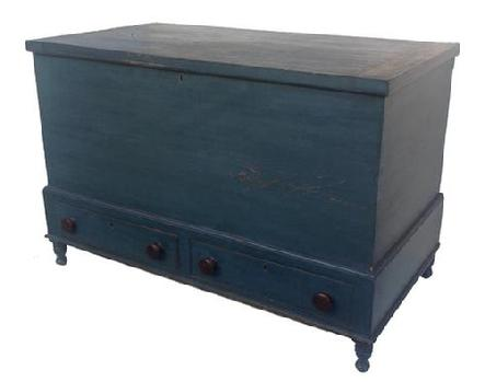 Y330 Early 19th century Pennslyvani Blanket Chest, resting on a frame, with a small turned leg, molded top and bottom of frame, two dovetailed drawers, an a blind dovetailed case, all original with wonderful dry blue paint,with a small turned leg. With a lid support, for hold open the lid circa 1820